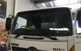 Truck Windscreen Replacement by Professional