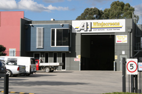 RACV Mobile Car Battery Replacement Service in Melbourne